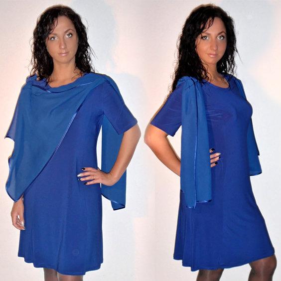 suknelė su šifono skara