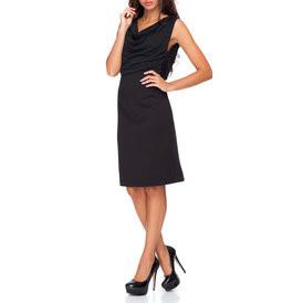 Suknele su juodos spalvos virsumi